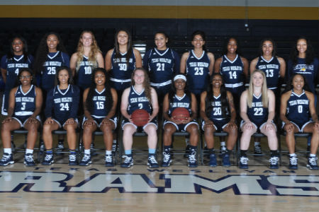Lady Rams Women's Basketball Team raises funds for locker room renovations